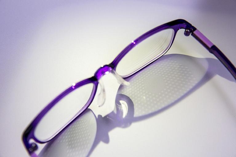0a984522b Óculos retarda ou impede progressão da miopia