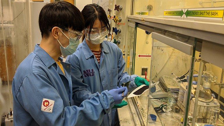 Máscara que mata vírus pode sair do laboratório em tempo recorde
